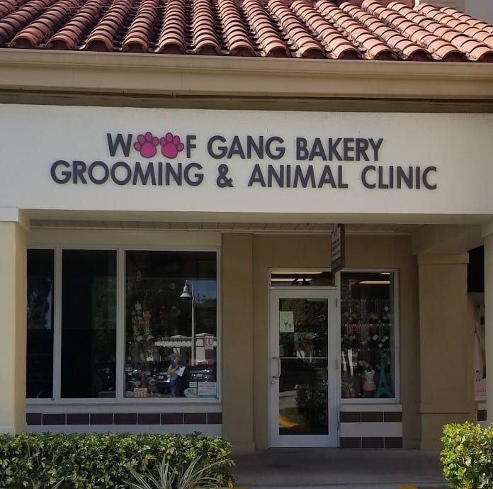 Woof Gang Bakery, Boca Raton location exterior